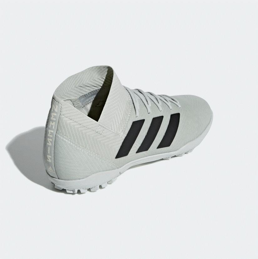 Bật mí những ưu điểm của giày đá bóng Adidas là gì?